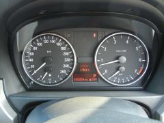 滋賀県中古車 BMW 3シリーズ 320i ナビパッケージ