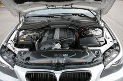 滋賀県中古車 BMW 5シリーズ 530i ハイライン M5スタイリング