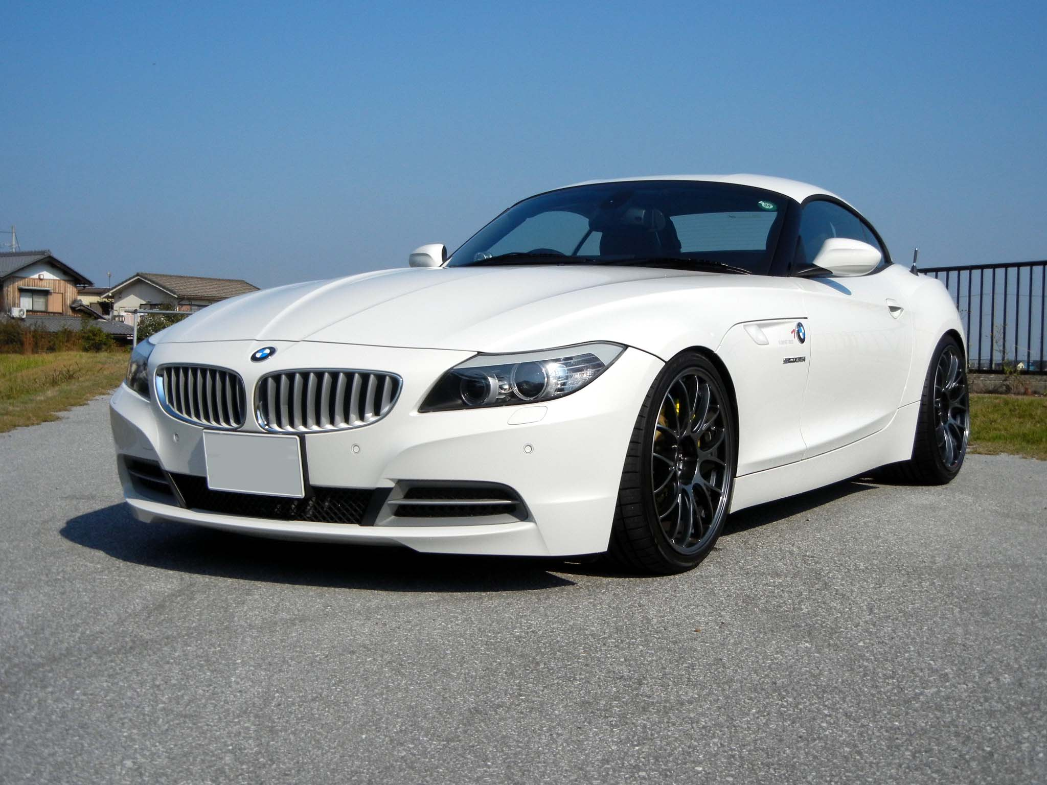 Bmwを代表するオープンスポーツカー・z4!性能と価格を徹底調査!|