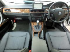 滋賀県中古車 BMW 3シリーズ 320i ハイライン