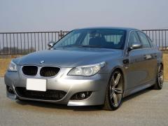 滋賀県中古車 BMW 5シリーズ 530i M5スタイル