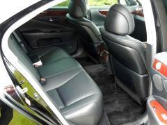 滋賀県中古車 レクサス LS LS600h Iパッケージ