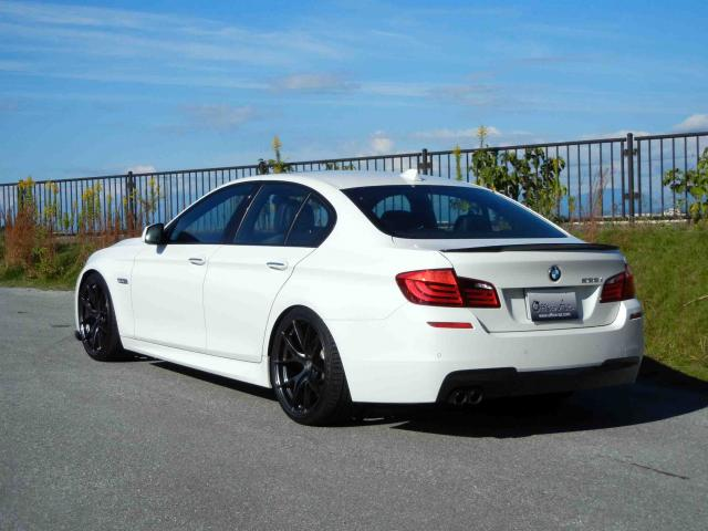 滋賀県中古車 BMW 5シリーズ 528i Mスポーツパッケージ