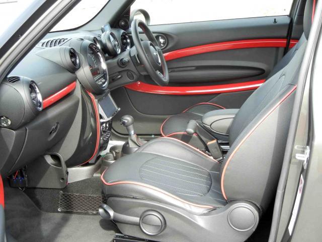 滋賀県中古車 BMW MINI ジョンクーパーワークス ペースマン