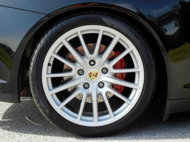 滋賀県中古車 ポルシェ 911 カレラ4S