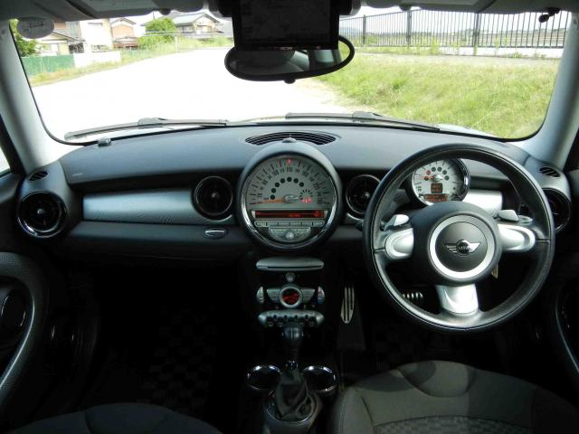 滋賀県中古車 BMW MINI クーパーS