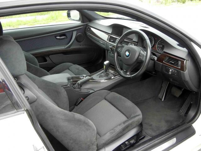 滋賀県中古車 BMW 3シリーズ クーペ 320i Mスポーツパッケージ