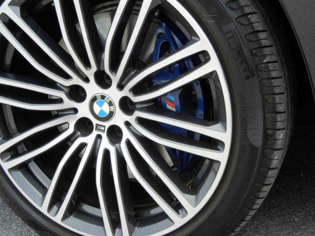 滋賀県中古車 BMW 5シリーズ ツーリング 530i ツーリングMスポーツ