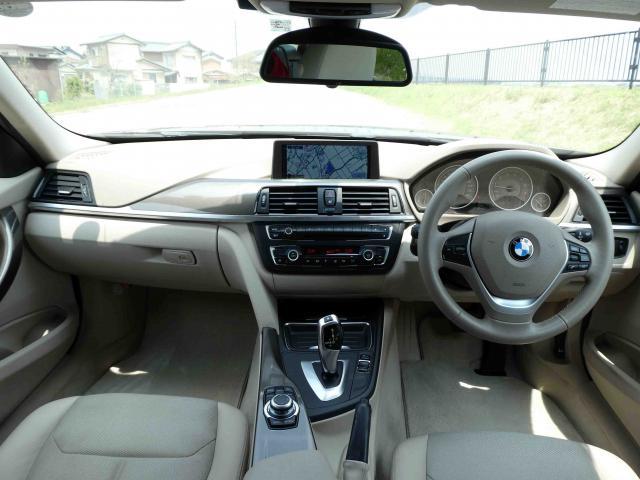 滋賀県中古車 BMW 3シリーズツーリング 320i ツーリングモダン