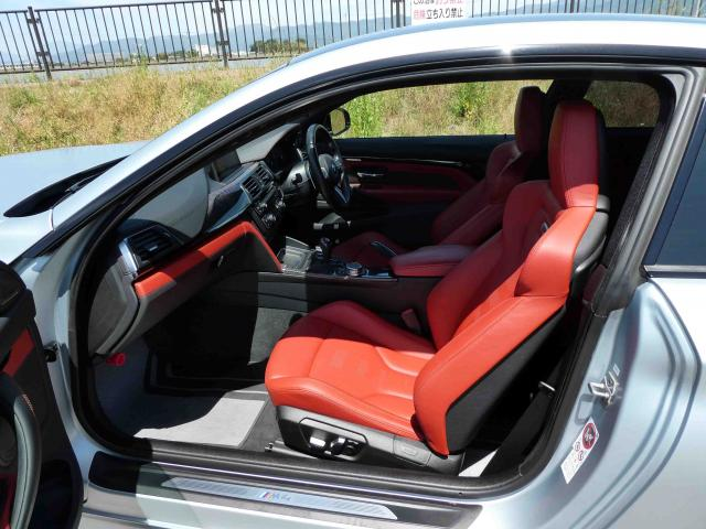 滋賀県中古車 BMW M4 MDCT