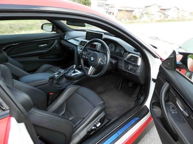 滋賀県中古車 BMW M4 M4クーペ コンペティション