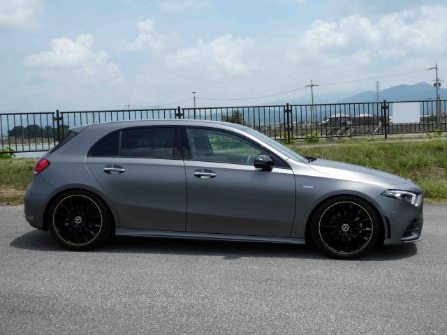 滋賀県中古車 メルセデスベンツ A??? A180???????