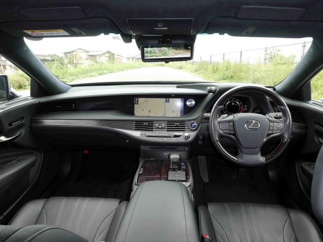 滋賀県中古車 レクサス LS LS500h エグゼクティブ
