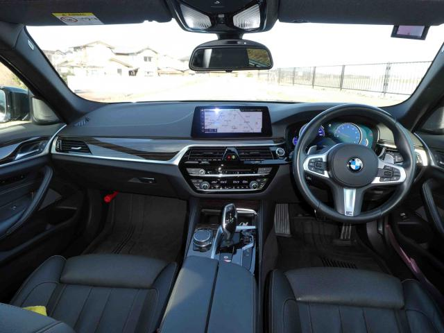 滋賀県中古車 BMW 5シリーズ 540i xDriveツーリングMスポーツ